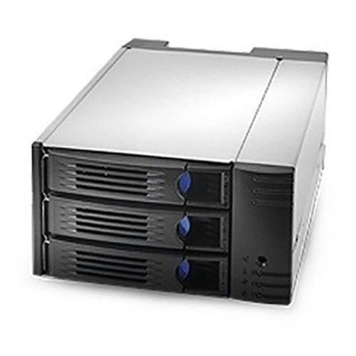Chenbro SK32303T3 2x5.25 para 3x3.5 HDD 12G SAS&SATA BP, PWM Fan