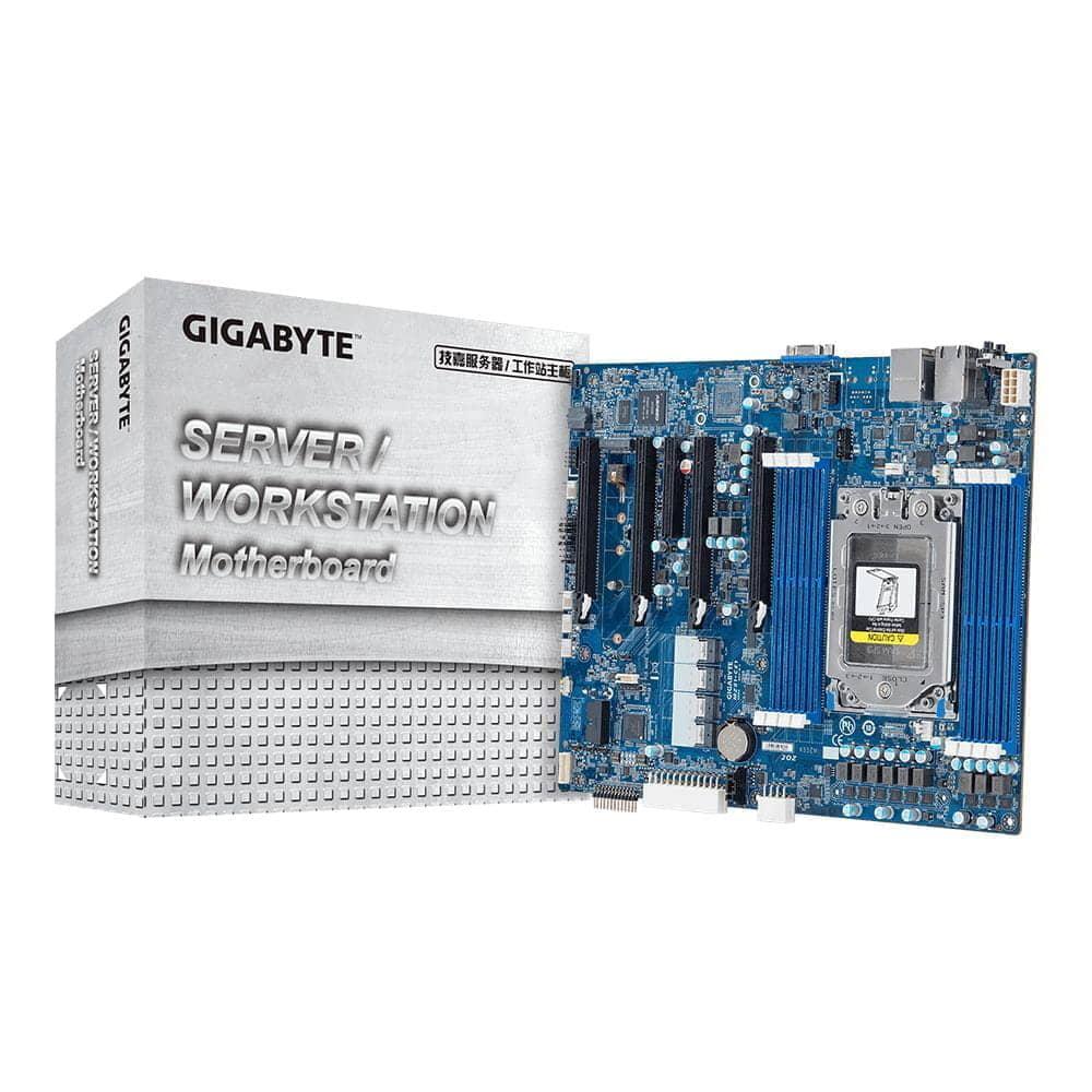 Gigabyte MZ01-CE1. Socket SP3.